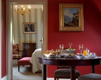 Schlosshotel Kronberg Deluxe Suite
