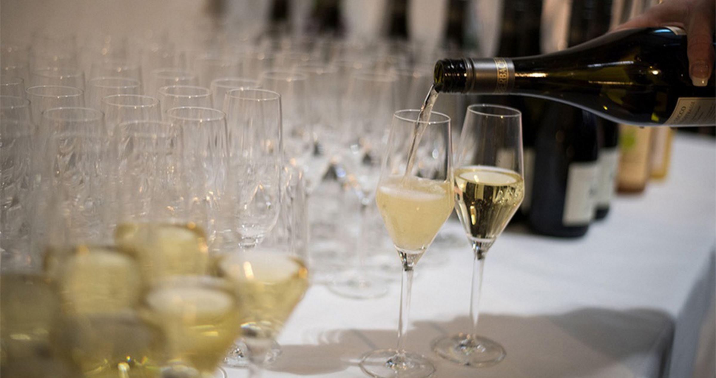 Alte Schlosserei champangner