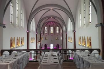 Klosterkirche Hennef Hochzeit Tischdekoration