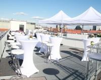 Dachterrasse mit Barbecue und Cocktailsation Veranstaltungszentrum der Leipziger Foren