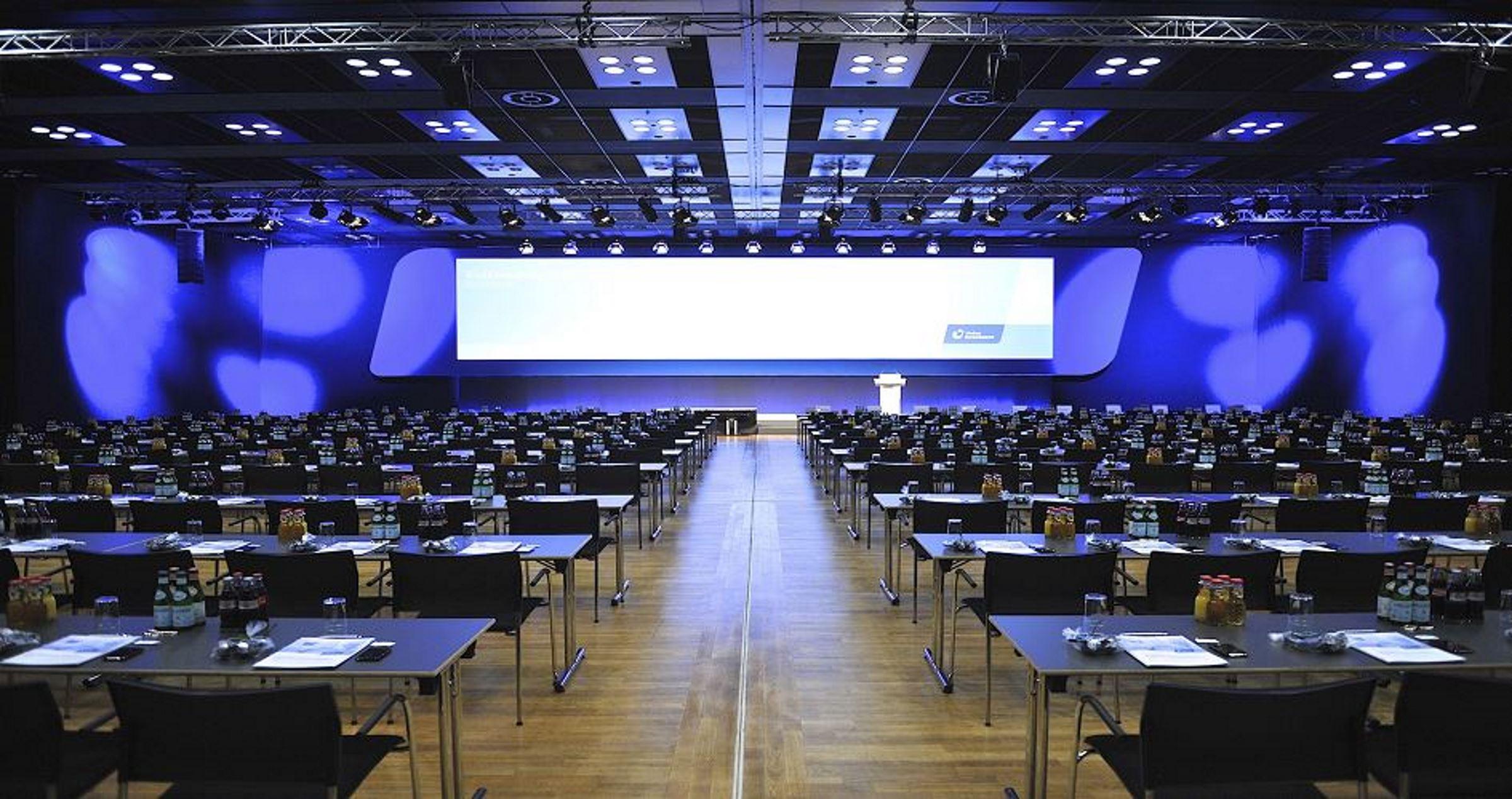 Kongress Saal Rheingoldhalle
