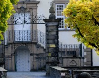 Schloss Ehreshofen Tor 2